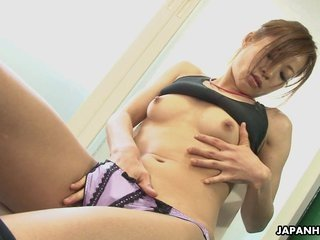 Office lady Mikami rubbing on her soaking wet